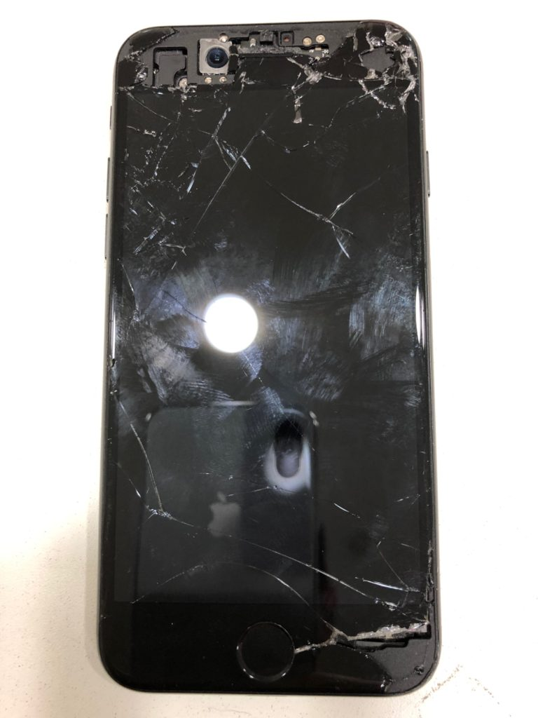 iphone(アイフォン)7フロントパネル破損