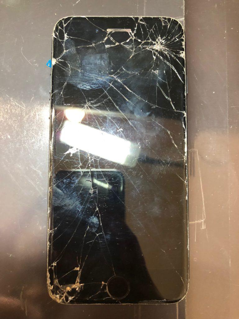 iphone(アイフォン)7画面割れ